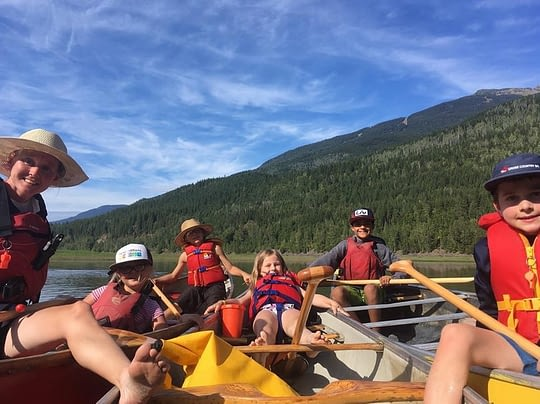 summer-camp-canoeing